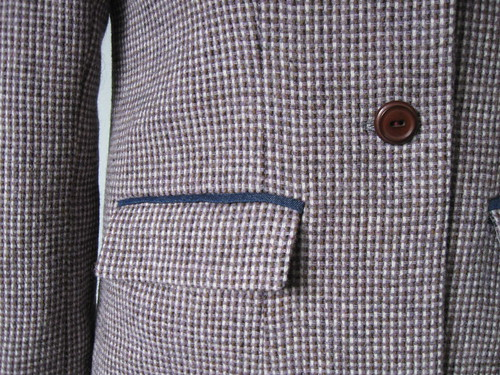 Saler pocket detail