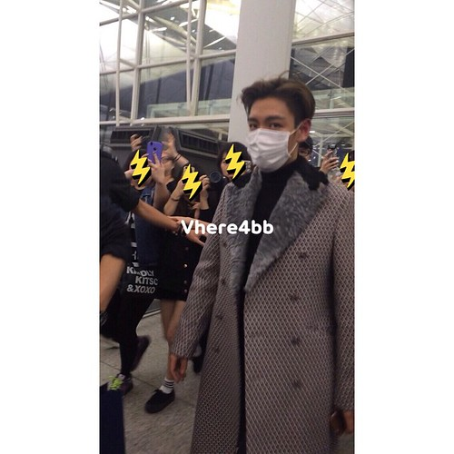 TOP - Hong Kong Airport - 15mar2015 - vhere4bb - 05