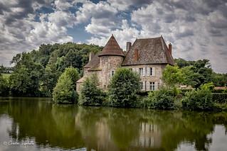 Château de Lucenier La Chapelle au Mans Saône et Loire