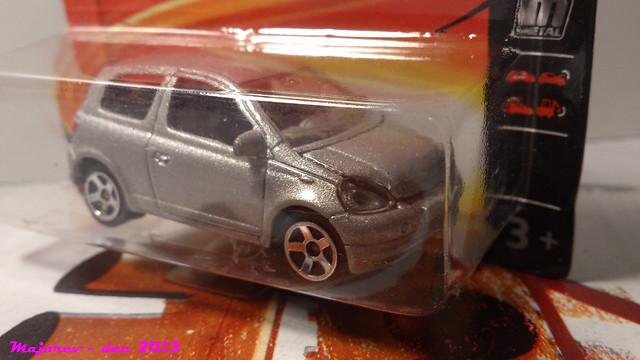 N°254B Toyota Yaris 15618781048_75df15b950_z
