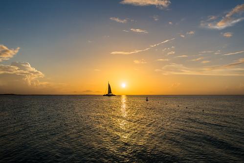 sunset sky canon boat barca tramonto explore cielo 365 vela turks caicos caribe caraibi 24105 providenciales explored 365project 131365 giuliomeinardi