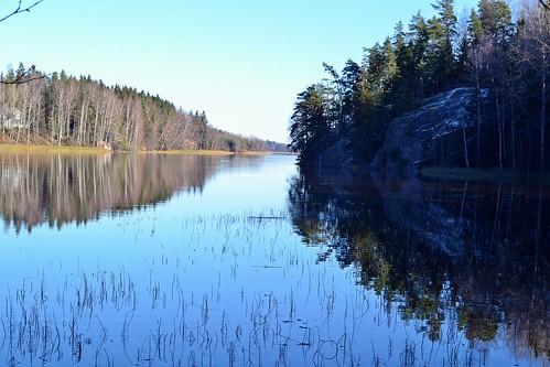 autumn lake forest finland landscape geotagged october v fin 2014 uusimaa vihti vichtis palojärvi palakoski 201410 20141028 geo:lat=6027032822 geo:lon=2434730315 palakoskenvirkistysalue