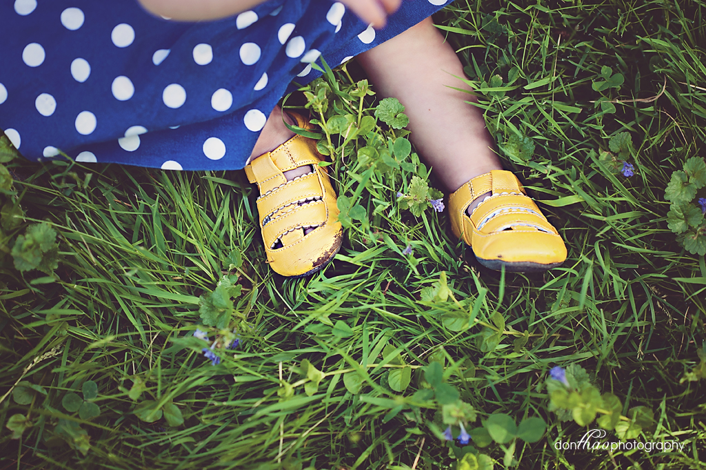 Toddler detail photography - cute baby girl shoes