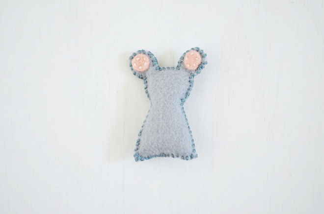 wee felt house and tiny mouse