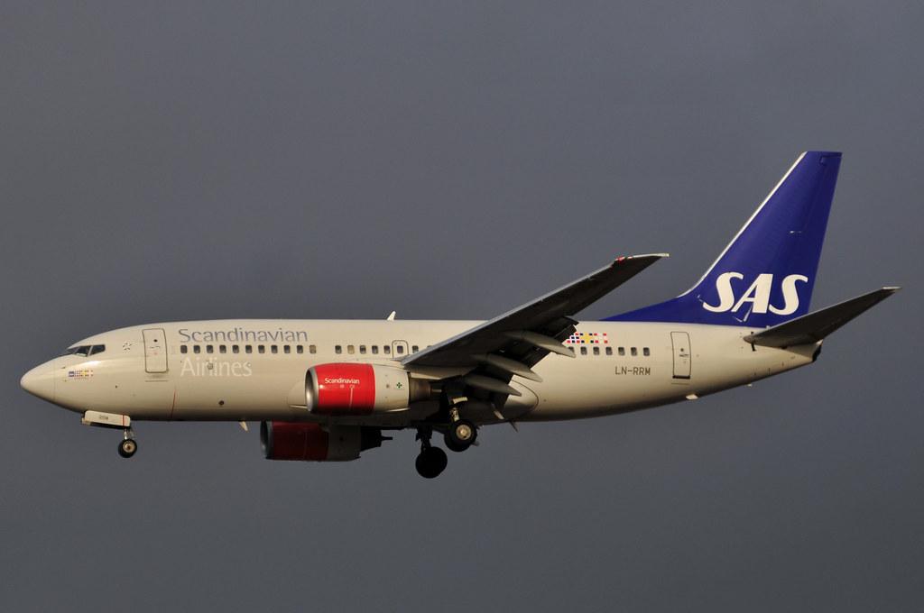 LN-RRM - B737 - SAS