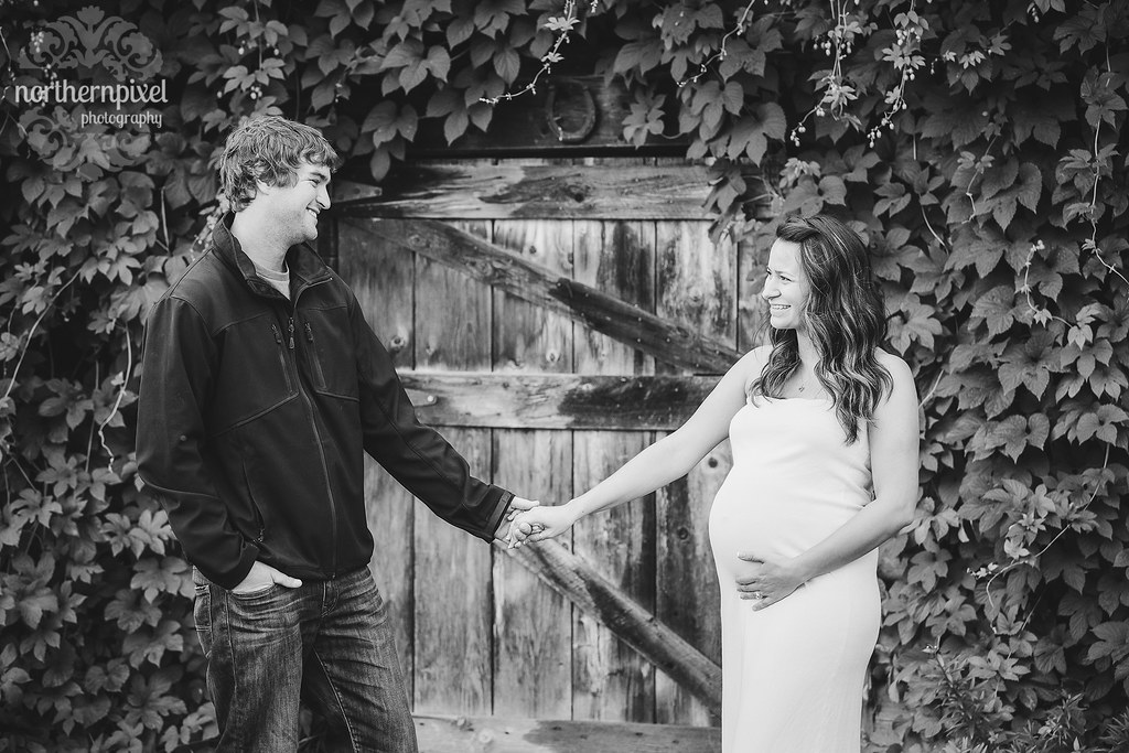 Ashley & Chris - Maternity Photos at the Farm Vanderhoof Photographer