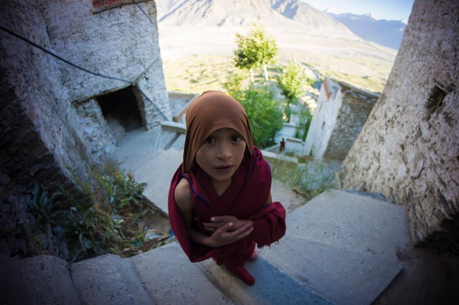 Молодой послушник. Монастырь Карша, Занскар © Kartzon Dream - авторские путешествия, авторские туры в Индию, тревел фото, тревел видео, фототуры