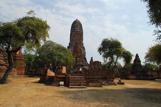 Image of  Wat Phra Ram  near  Phra Nakhon Si Ayutthaya. watphraram phranakhonsiayutthaya