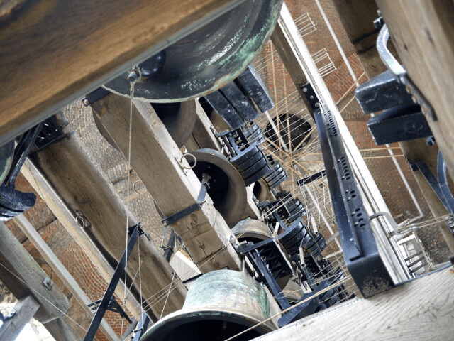 belgium_brugge_bell-tower4