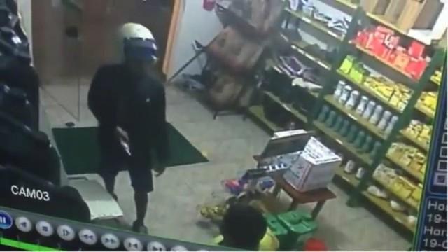 Jacaraci: Posto é assaltado por homem armado, assista ao vídeo