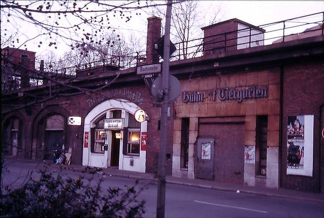 04/89 S-Bahnhof Tiergarten Tiergarten-Quelle
