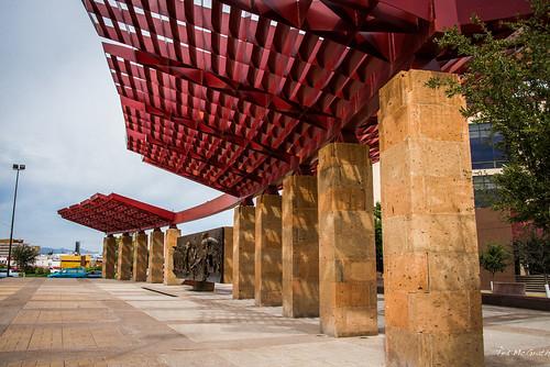 plaza shadow sculpture chihuahua art monument statue mexico nikon streetlight streetscene cropped publicart plazamayor cityview 2014 pilars d600 chihuahuacity tedsphotos nikonfx tedsphotosmexico d600fx plazamayorchihuahua