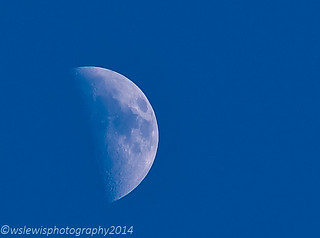 Day time moon