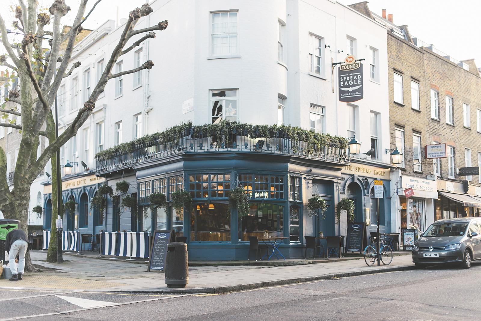 london pub in camden