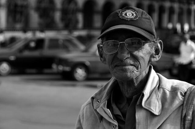 Señor cubano en La Habana