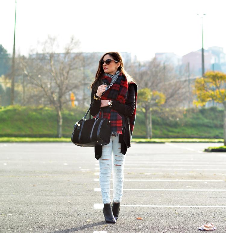 Scarf_bufanda_zara_jeans_menbur_sudadera_botines_02