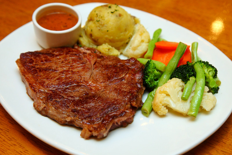 Outback-Steakhouse-Ribeye