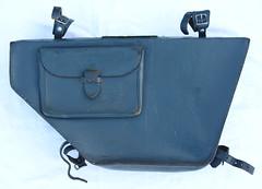 messenger bag(0.0), brand(0.0), bag(1.0), leather(1.0), baggage(1.0),