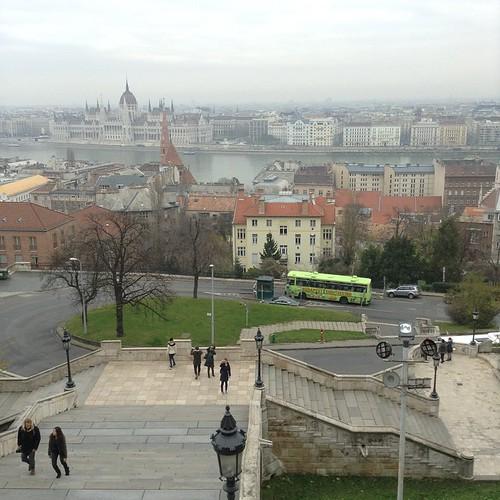 Привет всем с Рыбацкого Бастиона, как удобно, когда достопримечательности прямо над домом)))) всего лишь 150 ступенек и высокая культура))) #будапешт