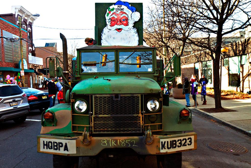 Santa-Parade--Scranton-4