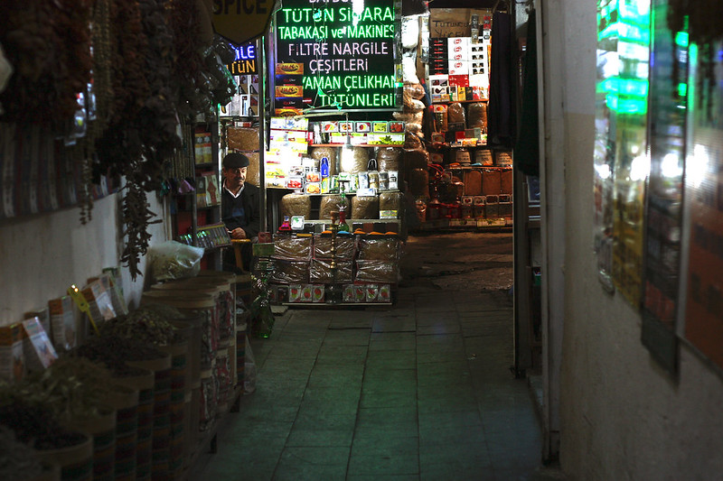 verndor on the spice bazaar