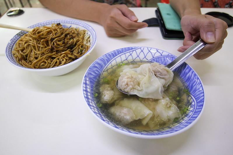 宜蘭美食小吃.文昌路炸醬麵.文昌路炸醬麵價錢
