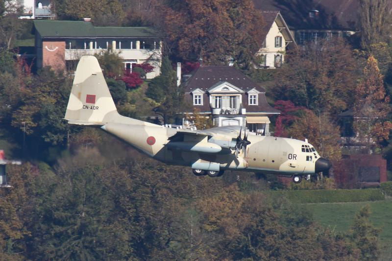 FRA: Photos d'avions de transport - Page 20 15689035825_9ee314b3f3_b