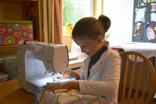 Eline en de naaimachine