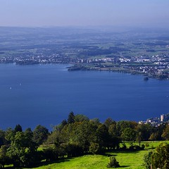 Lake #Zug , it stretches for 14 kms and situated between lake #lucerne and lake #zurich , #switzerland