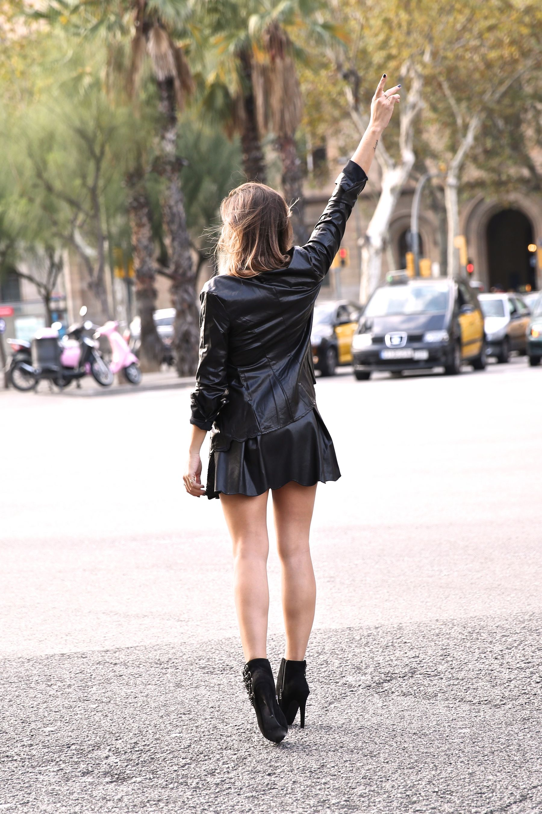 Chic rocky look, leather and chain boots