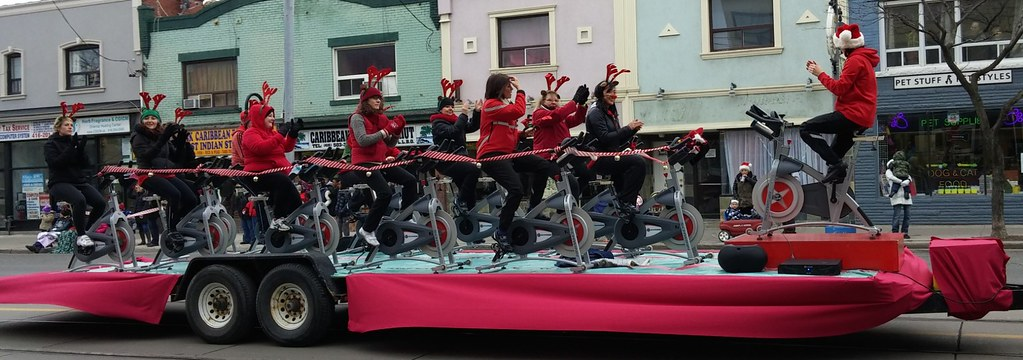 Lake Shore Santa Claus Parade 2014