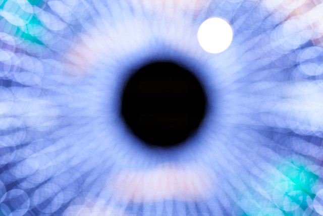 20141120_01_Bokeh Eye