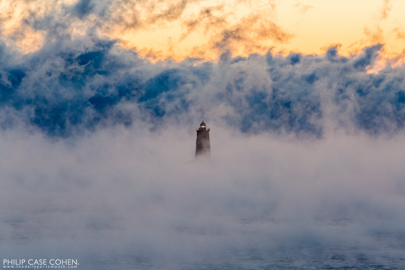 Sea Smoke in New Castle – THE DAILY PORTSMOUTH | title