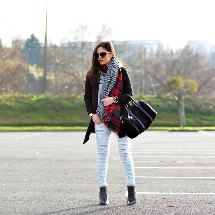 Scarf_bufanda_zara_jeans_menbur_sudadera_botines_01