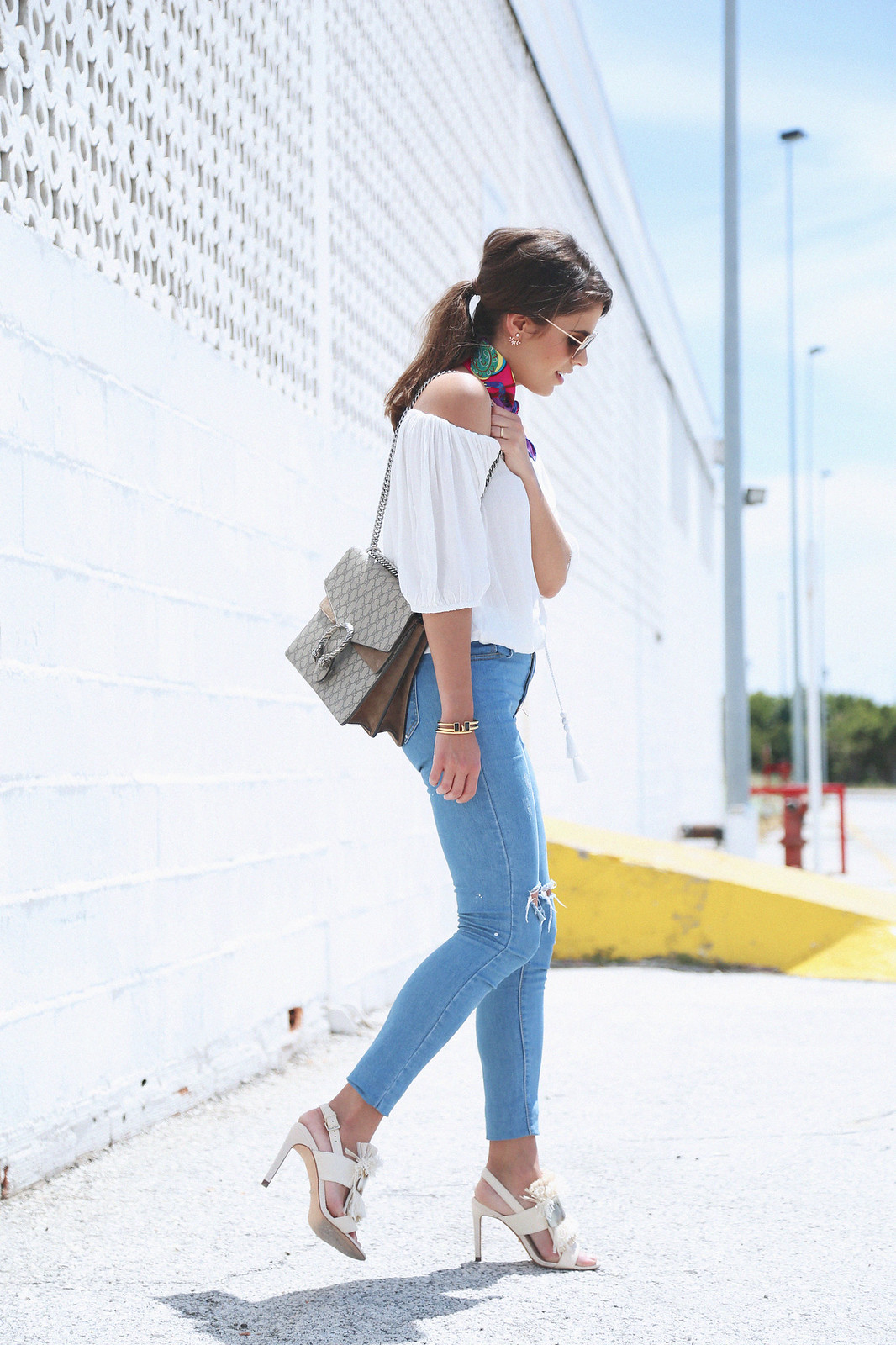 jessie chanes seams for a desire white off shoulder top high waisted jeans gucci bag uterque-9