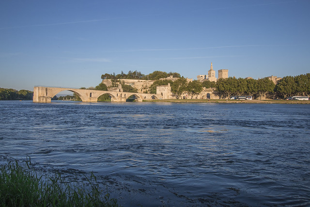 Provence cyling Avignon view on bridge and pope palace 2