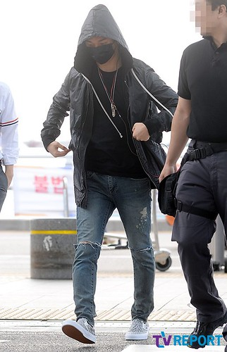 BIGBANG Incheon Airport to Shanghai Press 2015-06-19 068