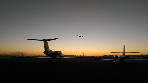 htconem8 creatography lasvegas aviation airport aircraft