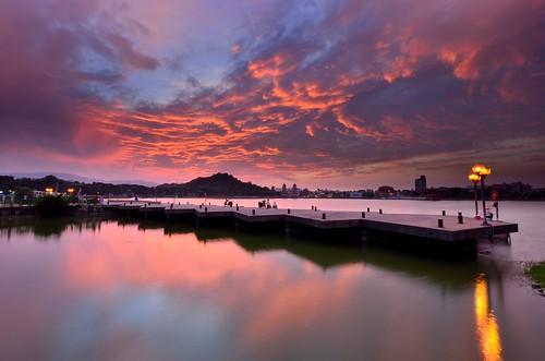 sunset twilight dusk taiwan kaohsiung 台灣 高雄 lotuslake 夕照 暮色 左營 蓮池潭 zuoying 暮 夕彩 夕燒