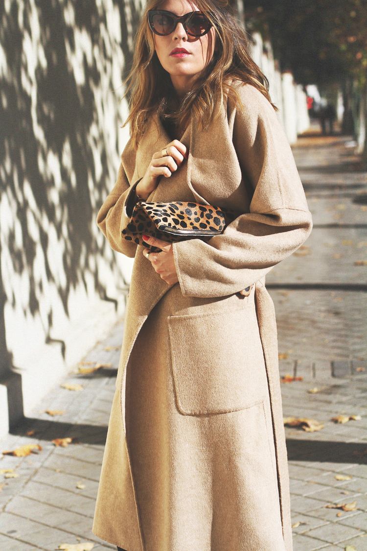 camel-coat-chelsea-boots-street-style-6