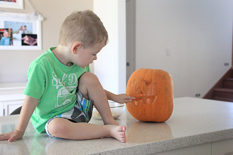 28 October 2014- Pumpkin Carvin'010