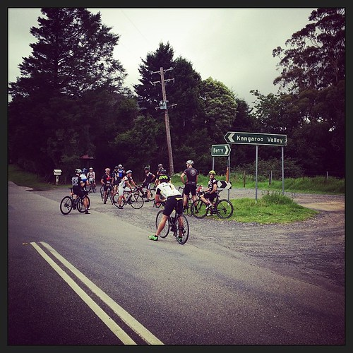 Top of Woodhill Mtn, now onto Kangaroo Valley then to Tallowa Dam. #damyoutallowa @berrymountaincycles #berrymountaincycles