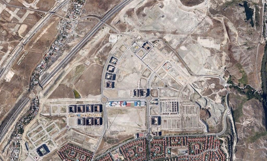 rivas-vaciamadrid, rivas del jarama, madrid, optimistic but rubbish, después, urbanismo, planeamiento, urbano, desastre, urbanístico, construcción, rotondas, carretera