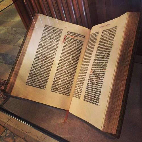 En Gutenbergbibel från 1455 på New York Public Library