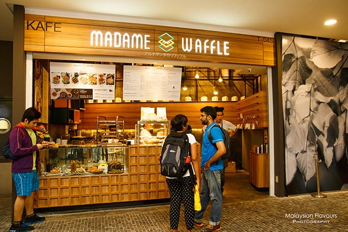 madame-waffle-mid-valley