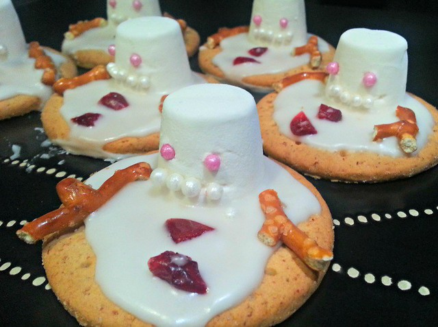 Melting Snowman Biscuits, Christmas party food