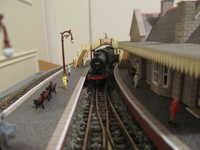 My (N gauge) table football layout! - Page 20 - New Railway
