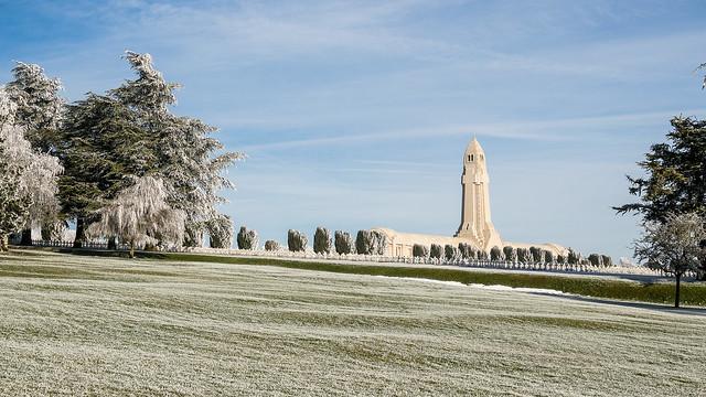 Ossuaire de Douaumont après givre