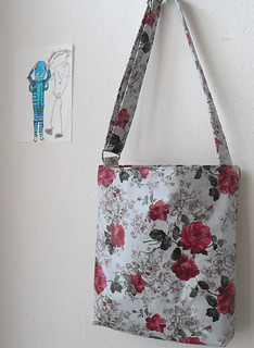 Messenger Bag with adjustable strap and red roses print