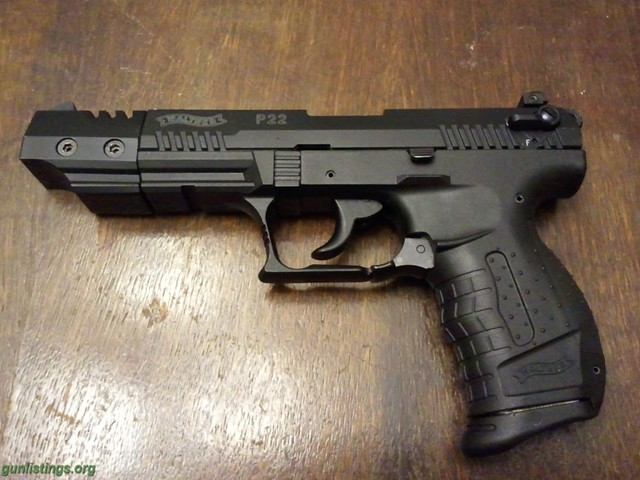 SR22 00. Walther P22